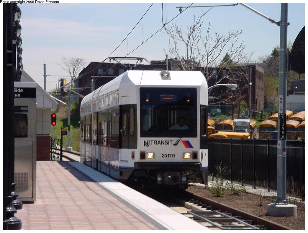 (165k, 1044x788)<br><b>Country:</b> United States<br><b>City:</b> Jersey City, NJ<br><b>System:</b> Hudson Bergen Light Rail<br><b>Location:</b> West Side Avenue <br><b>Car:</b> NJT-HBLR LRV (Kinki-Sharyo, 1998-99)  2017 <br><b>Photo by:</b> David Pirmann<br><b>Date:</b> 4/29/2000<br><b>Viewed (this week/total):</b> 0 / 3458