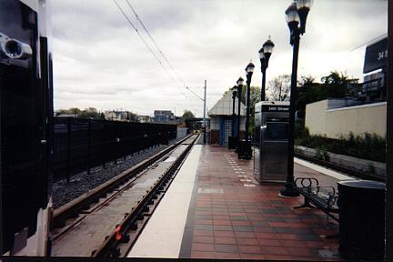 (21k, 432x288)<br><b>Country:</b> United States<br><b>City:</b> Bayonne, NJ<br><b>System:</b> Hudson Bergen Light Rail<br><b>Location:</b> East 34th Street <br><b>Photo by:</b> Jose Soltren<br><b>Date:</b> 4/23/2000<br><b>Viewed (this week/total):</b> 0 / 3420