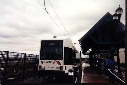 (18k, 432x288)<br><b>Country:</b> United States<br><b>City:</b> Bayonne, NJ<br><b>System:</b> Hudson Bergen Light Rail<br><b>Location:</b> East 45th Street <br><b>Car:</b> NJT-HBLR LRV (Kinki-Sharyo, 1998-99)  2029 <br><b>Photo by:</b> Jose Soltren<br><b>Date:</b> 4/23/2000<br><b>Viewed (this week/total):</b> 0 / 2931