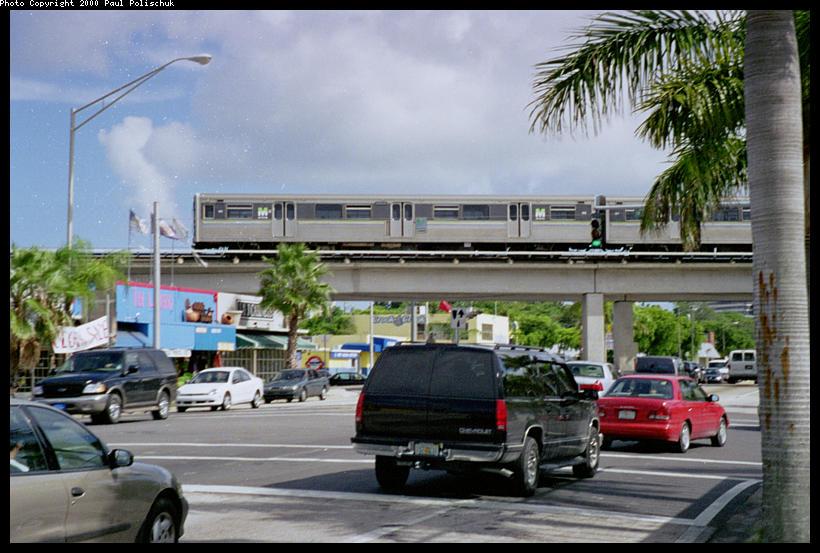 (95k, 820x553)<br><b>Country:</b> United States<br><b>City:</b> Miami, FL<br><b>System:</b> Miami Metrorail<br><b>Location:</b> University <br><b>Photo by:</b> Paul Polischuk<br><b>Date:</b> 8/2000<br><b>Viewed (this week/total):</b> 3 / 5276