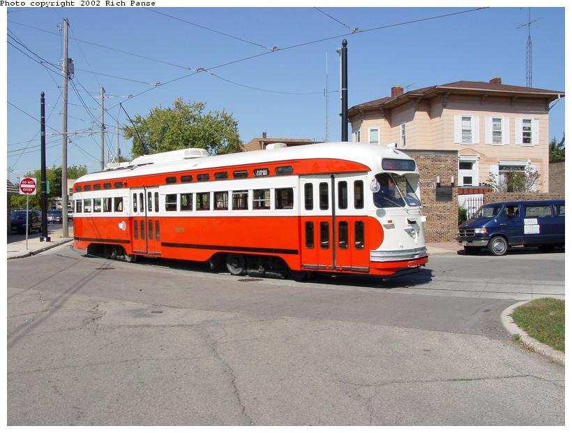 (84k, 820x620)<br><b>Country:</b> United States<br><b>City:</b> Kenosha, WI<br><b>System:</b> Kenosha Electric Railway<br><b>Location:</b> 11th Ave. & 56th St. (South to East Turn) <br><b>Car:</b> PCC (TTC Toronto) 4609 <br><b>Photo by:</b> Richard Panse<br><b>Date:</b> 9/21/2002<br><b>Viewed (this week/total):</b> 1 / 4931
