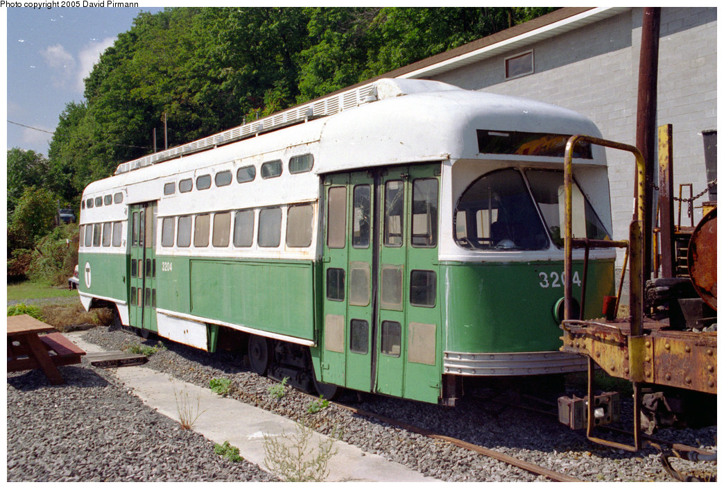 (263k, 1044x705)<br><b>Country:</b> United States<br><b>City:</b> Kingston, NY<br><b>System:</b> Trolley Museum of New York <br><b>Car:</b> MBTA/BSRy PCC Post-War All Electric (Pullman-Standard, 1946)  3204 <br><b>Photo by:</b> David Pirmann<br><b>Date:</b> 9/14/1996<br><b>Viewed (this week/total):</b> 1 / 6364