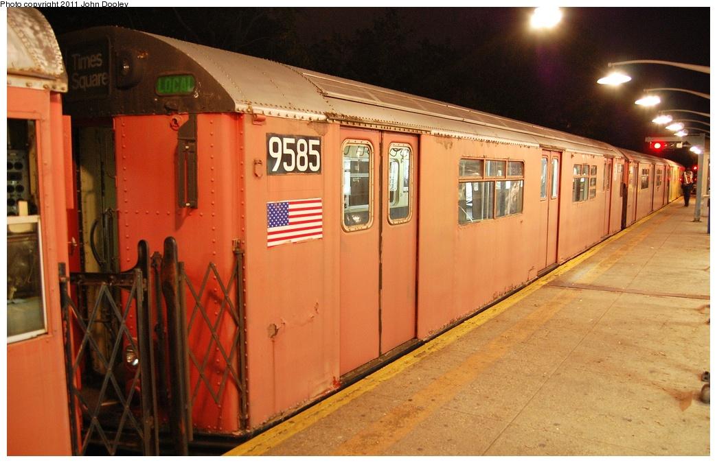 (314k, 1044x675)<br><b>Country:</b> United States<br><b>City:</b> New York<br><b>System:</b> New York City Transit<br><b>Line:</b> IRT Dyre Ave. Line<br><b>Location:</b> Dyre Avenue <br><b>Route:</b> Work Service<br><b>Car:</b> R-36 World's Fair (St. Louis, 1963-64) 9585 <br><b>Photo by:</b> John Dooley<br><b>Date:</b> 10/29/2011<br><b>Viewed (this week/total):</b> 0 / 1144