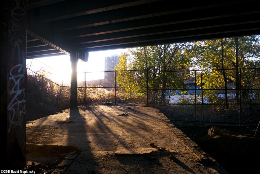 (431k, 1024x683)<br><b>Country:</b> United States<br><b>City:</b> New York<br><b>System:</b> New York City Transit<br><b>Line:</b> 9th Avenue El<br><b>Location:</b> Sedgwick Avenue <br><b>Photo by:</b> David Tropiansky<br><b>Date:</b> 11/18/2011<br><b>Notes:</b> On the platform looking toward Manhattan.<br><b>Viewed (this week/total):</b> 6 / 1428