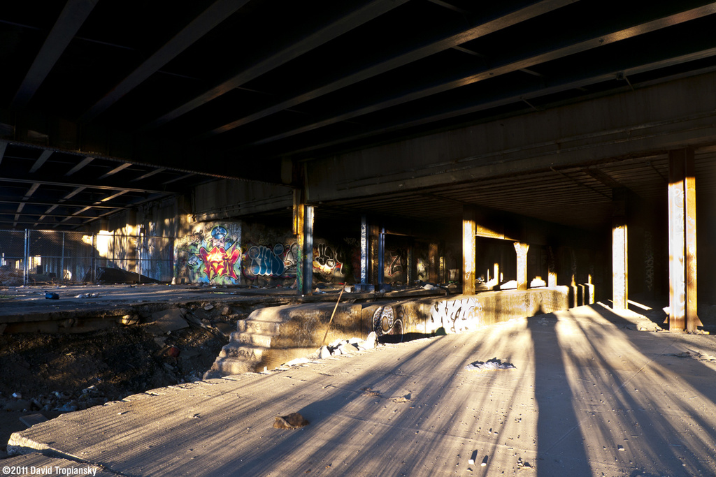 (363k, 1024x683)<br><b>Country:</b> United States<br><b>City:</b> New York<br><b>System:</b> New York City Transit<br><b>Line:</b> 9th Avenue El<br><b>Location:</b> Sedgwick Avenue<br><b>Photo by:</b> David Tropiansky<br><b>Date:</b> 11/18/2011<br><b>Viewed (this week/total):</b> 1 / 1993