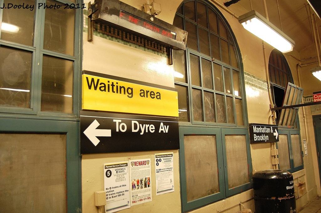 (358k, 1024x680)<br><b>Country:</b> United States<br><b>City:</b> New York<br><b>System:</b> New York City Transit<br><b>Line:</b> IRT Dyre Ave. Line<br><b>Location:</b> Morris Park <br><b>Photo by:</b> John Dooley<br><b>Date:</b> 10/29/2011<br><b>Viewed (this week/total):</b> 1 / 1290