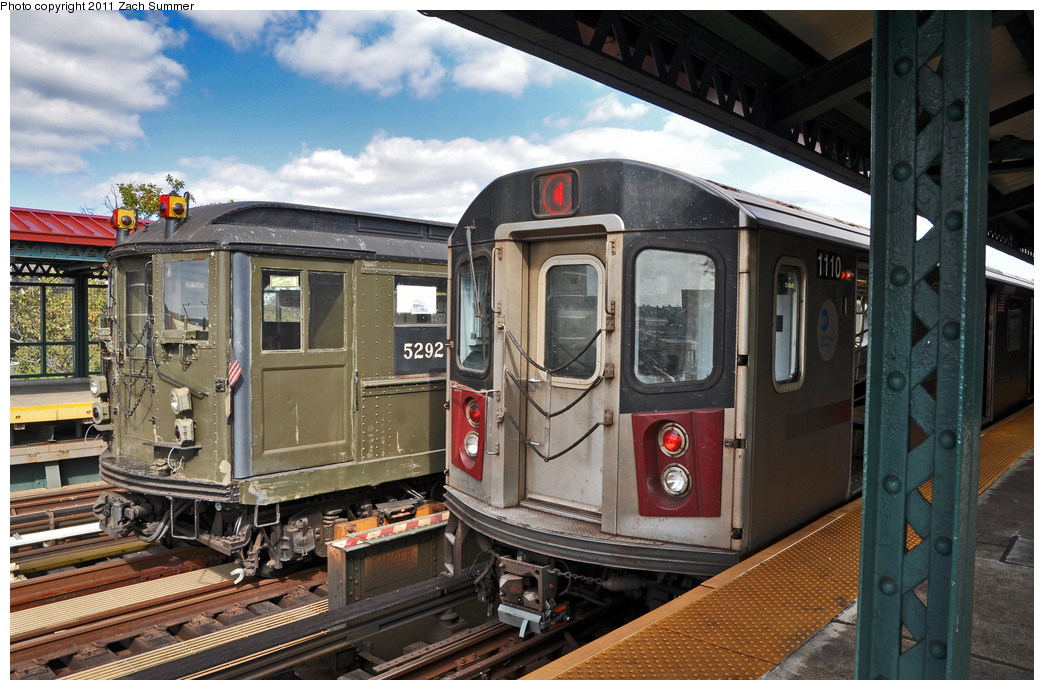 (389k, 1044x690)<br><b>Country:</b> United States<br><b>City:</b> New York<br><b>System:</b> New York City Transit<br><b>Line:</b> IRT Woodlawn Line<br><b>Location:</b> Mosholu Parkway <br><b>Route:</b> Fan Trip<br><b>Car:</b> Low-V (Museum Train) 5292 <br><b>Photo by:</b> Zach Summer<br><b>Date:</b> 10/23/2011<br><b>Notes:</b> With R142 1110 on 4<br><b>Viewed (this week/total):</b> 1 / 1123
