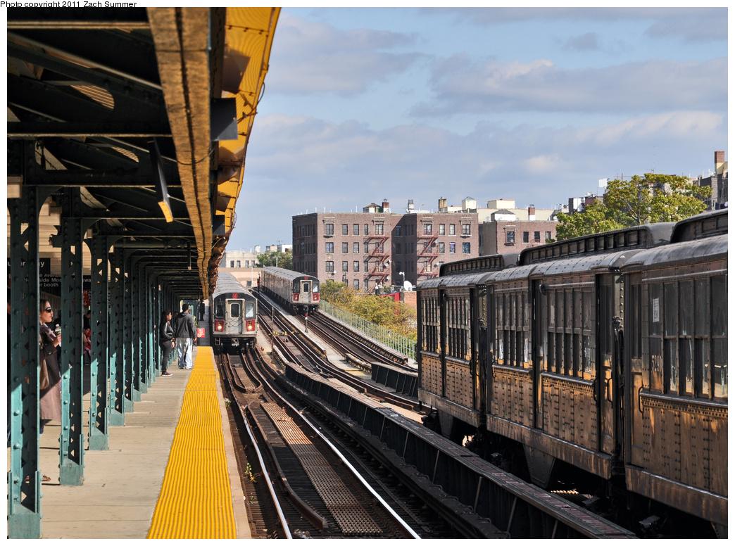 (431k, 1044x776)<br><b>Country:</b> United States<br><b>City:</b> New York<br><b>System:</b> New York City Transit<br><b>Line:</b> IRT Woodlawn Line<br><b>Location:</b> Mosholu Parkway <br><b>Route:</b> Fan Trip<br><b>Car:</b> Low-V (Museum Train)  <br><b>Photo by:</b> Zach Summer<br><b>Date:</b> 10/23/2011<br><b>Viewed (this week/total):</b> 3 / 1142