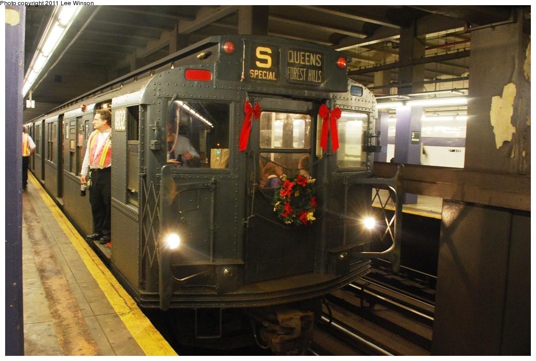 (279k, 1044x703)<br><b>Country:</b> United States<br><b>City:</b> New York<br><b>System:</b> New York City Transit<br><b>Line:</b> IND 6th Avenue Line<br><b>Location:</b> 2nd Avenue <br><b>Route:</b> Fan Trip<br><b>Car:</b> R-9 (Pressed Steel, 1940)  1802 <br><b>Photo by:</b> Lee Winson<br><b>Date:</b> 11/26/2011<br><b>Viewed (this week/total):</b> 0 / 849