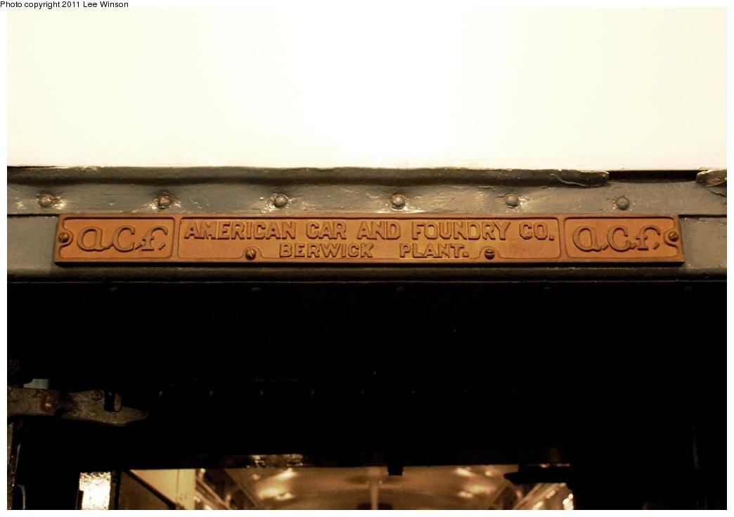 (159k, 1044x736)<br><b>Country:</b> United States<br><b>City:</b> New York<br><b>System:</b> New York City Transit<br><b>Route:</b> Fan Trip<br><b>Car:</b> R-4 (American Car & Foundry, 1932-1933) 401 <br><b>Photo by:</b> Lee Winson<br><b>Date:</b> 11/26/2011<br><b>Notes:</b> Builders plate.<br><b>Viewed (this week/total):</b> 0 / 736