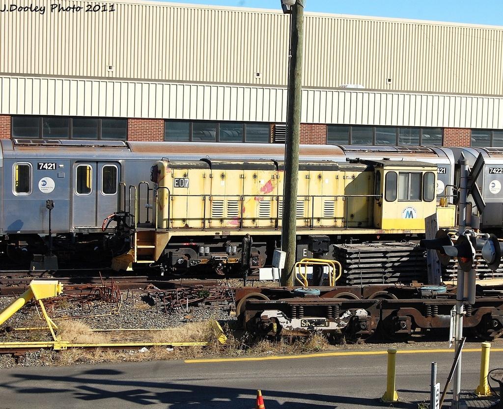 (499k, 1024x833)<br><b>Country:</b> United States<br><b>City:</b> New York<br><b>System:</b> New York City Transit<br><b>Location:</b> Westchester Yard<br><b>Car:</b> R-77E Locomotive  E07 <br><b>Photo by:</b> John Dooley<br><b>Date:</b> 11/5/2011<br><b>Viewed (this week/total):</b> 0 / 635