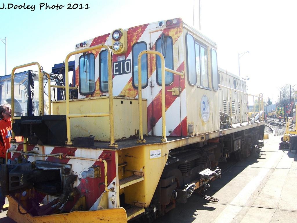 (323k, 1024x769)<br><b>Country:</b> United States<br><b>City:</b> New York<br><b>System:</b> New York City Transit<br><b>Location:</b> Westchester Yard<br><b>Car:</b> R-77E Locomotive  E10 <br><b>Photo by:</b> John Dooley<br><b>Date:</b> 11/5/2011<br><b>Viewed (this week/total):</b> 0 / 653