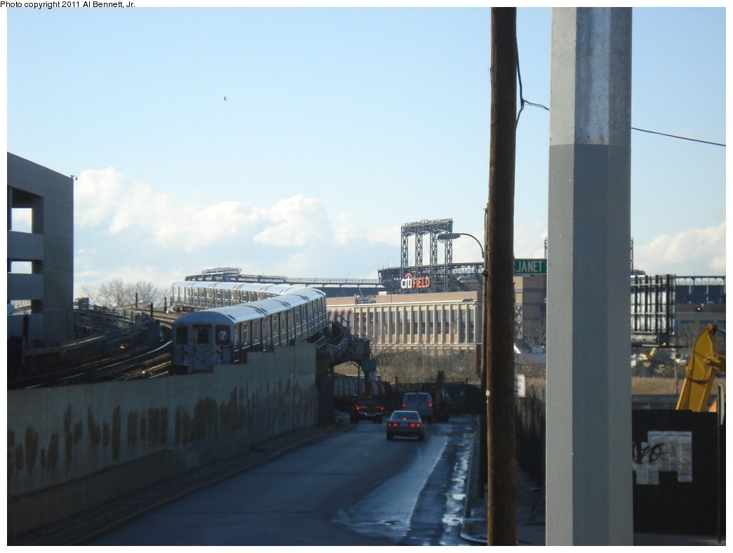(227k, 1044x788)<br><b>Country:</b> United States<br><b>City:</b> New York<br><b>System:</b> New York City Transit<br><b>Line:</b> IRT Flushing Line<br><b>Location:</b> Main St. Tunnel Portal <br><b>Route:</b> 7<br><b>Car:</b> R-62A (Bombardier, 1984-1987)   <br><b>Photo by:</b> Al Bennett, Jr.<br><b>Date:</b> 12/1/2008<br><b>Viewed (this week/total):</b> 1 / 746