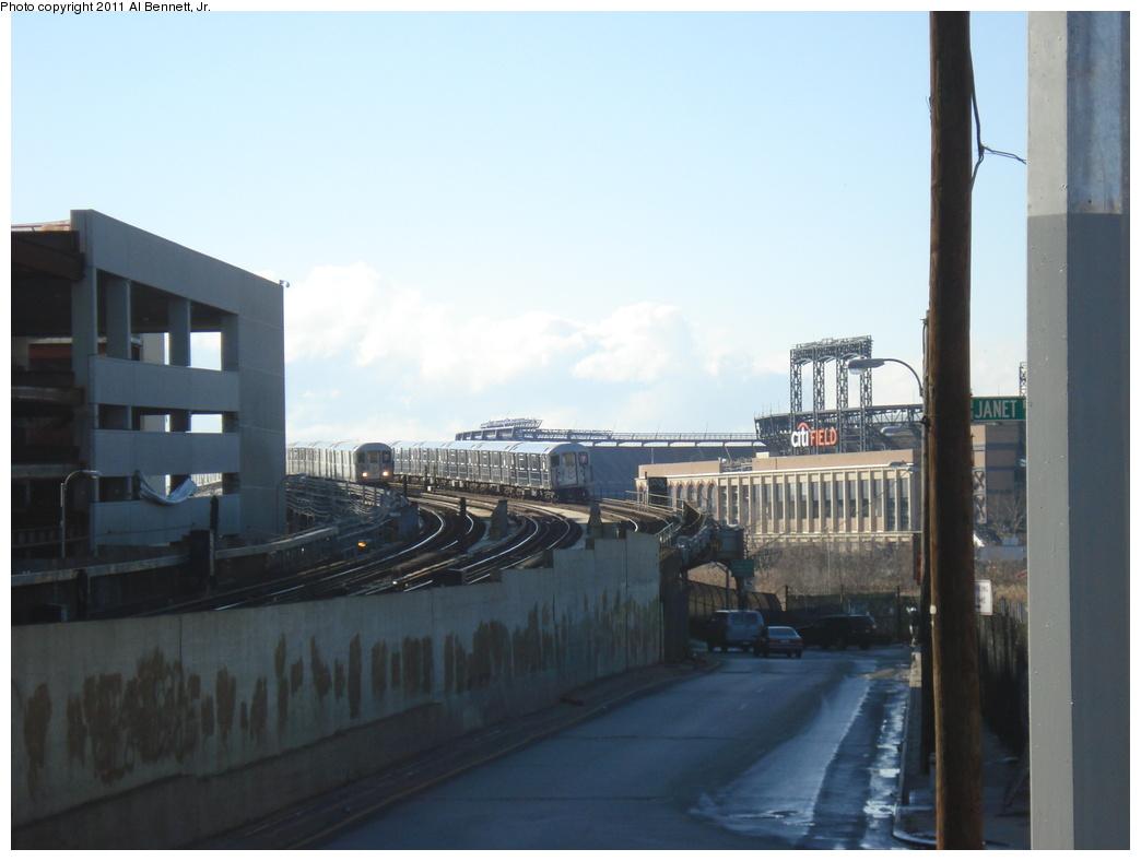 (225k, 1044x788)<br><b>Country:</b> United States<br><b>City:</b> New York<br><b>System:</b> New York City Transit<br><b>Line:</b> IRT Flushing Line<br><b>Location:</b> Main St. Tunnel Portal <br><b>Route:</b> 7<br><b>Car:</b> R-62A (Bombardier, 1984-1987)   <br><b>Photo by:</b> Al Bennett, Jr.<br><b>Date:</b> 12/1/2008<br><b>Viewed (this week/total):</b> 0 / 918