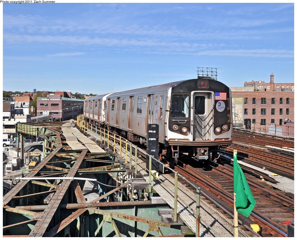 (527k, 1044x843)<br><b>Country:</b> United States<br><b>City:</b> New York<br><b>System:</b> New York City Transit<br><b>Line:</b> BMT Culver Line<br><b>Location:</b> Ditmas Avenue <br><b>Route:</b> F<br><b>Car:</b> R-160A (Option 1) (Alstom, 2008-2009, 5 car sets)  9303 <br><b>Photo by:</b> Zach Summer<br><b>Date:</b> 10/28/2011<br><b>Viewed (this week/total):</b> 0 / 1588