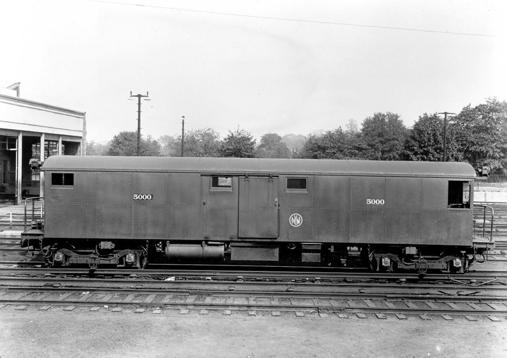 (235k, 1024x722)<br><b>Country:</b> United States<br><b>City:</b> New York<br><b>System:</b> New York City Transit<br><b>Location:</b> 36th Street Yard<br><b>Car:</b> Tool Welding Car (ACF, 1918)  5000 <br><b>Photo by:</b> Ed Watson/Arthur Lonto Collection<br><b>Collection of:</b> Frank Pfuhler<br><b>Date:</b> 1930<br><b>Viewed (this week/total):</b> 3 / 915