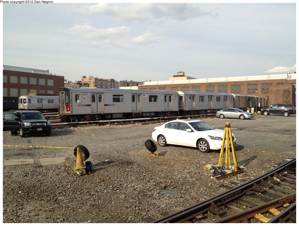 (364k, 1044x788)<br><b>Country:</b> United States<br><b>City:</b> New York<br><b>System:</b> New York City Transit<br><b>Location:</b> 207th Street Yard<br><b>Car:</b> R-142 (Primary Order, Bombardier, 1999-2002)  6536 <br><b>Photo by:</b> Daniel Negron<br><b>Date:</b> 10/31/2011<br><b>Viewed (this week/total):</b> 0 / 921
