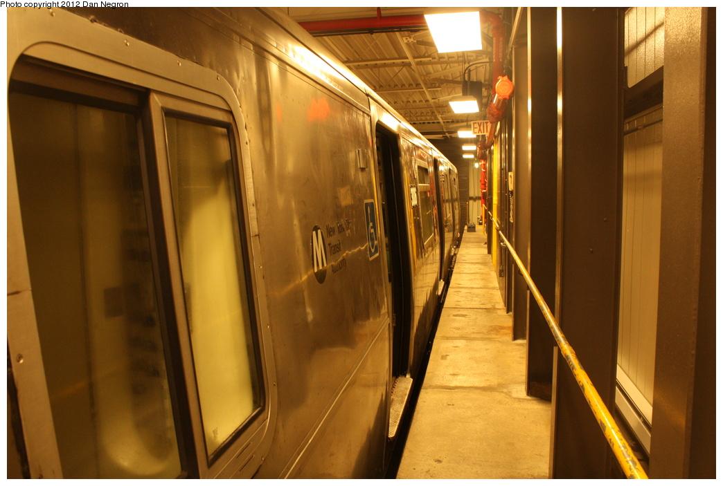 (277k, 1044x703)<br><b>Country:</b> United States<br><b>City:</b> New York<br><b>System:</b> New York City Transit<br><b>Location:</b> Coney Island Yard-Training Facilities<br><b>Car:</b> R-110B (Bombardier, 1992) 3006 <br><b>Photo by:</b> Daniel Negron<br><b>Date:</b> 12/8/2011<br><b>Viewed (this week/total):</b> 0 / 1033