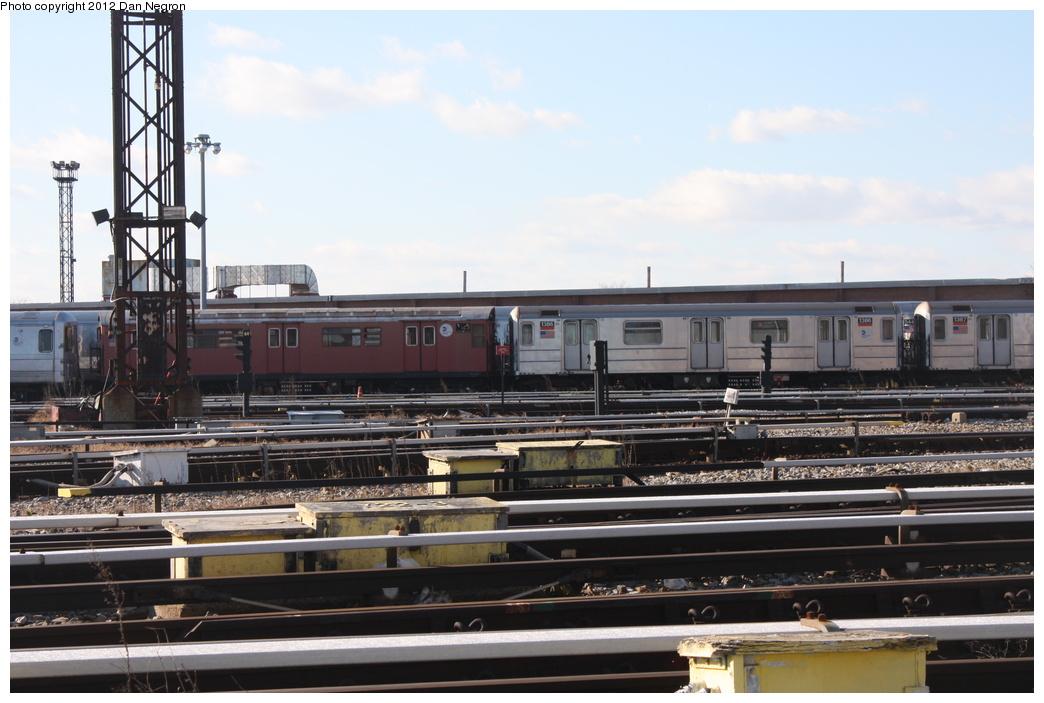 (262k, 1044x703)<br><b>Country:</b> United States<br><b>City:</b> New York<br><b>System:</b> New York City Transit<br><b>Location:</b> Coney Island Yard<br><b>Car:</b> R-62 (Kawasaki, 1983-1985)  1386 <br><b>Photo by:</b> Daniel Negron<br><b>Date:</b> 12/8/2011<br><b>Viewed (this week/total):</b> 0 / 650