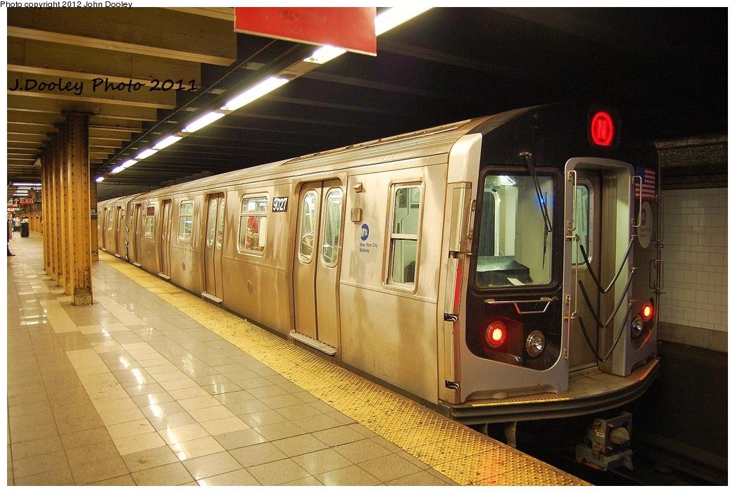 (376k, 1044x701)<br><b>Country:</b> United States<br><b>City:</b> New York<br><b>System:</b> New York City Transit<br><b>Line:</b> BMT 4th Avenue<br><b>Location:</b> 36th Street <br><b>Route:</b> N<br><b>Car:</b> R-160B (Option 1) (Kawasaki, 2008-2009)  9027 <br><b>Photo by:</b> John Dooley<br><b>Date:</b> 7/8/2011<br><b>Viewed (this week/total):</b> 3 / 1314