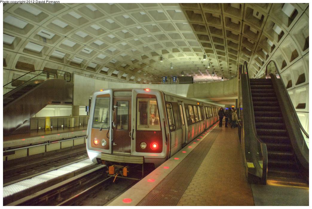(356k, 1044x700)<br><b>Country:</b> United States<br><b>City:</b> Washington, D.C.<br><b>System:</b> Washington Metro (WMATA)<br><b>Line:</b> WMATA Blue/Yellow Line<br><b>Location:</b> Crystal City <br><b>Car:</b>  3066 <br><b>Photo by:</b> David Pirmann<br><b>Date:</b> 1/14/2012<br><b>Viewed (this week/total):</b> 0 / 747