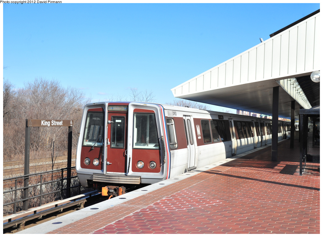(370k, 1044x768)<br><b>Country:</b> United States<br><b>City:</b> Washington, D.C.<br><b>System:</b> Washington Metro (WMATA)<br><b>Line:</b> WMATA Blue/Yellow Line<br><b>Location:</b> King Street <br><b>Car:</b>  3163 <br><b>Photo by:</b> David Pirmann<br><b>Date:</b> 1/14/2012<br><b>Viewed (this week/total):</b> 1 / 589