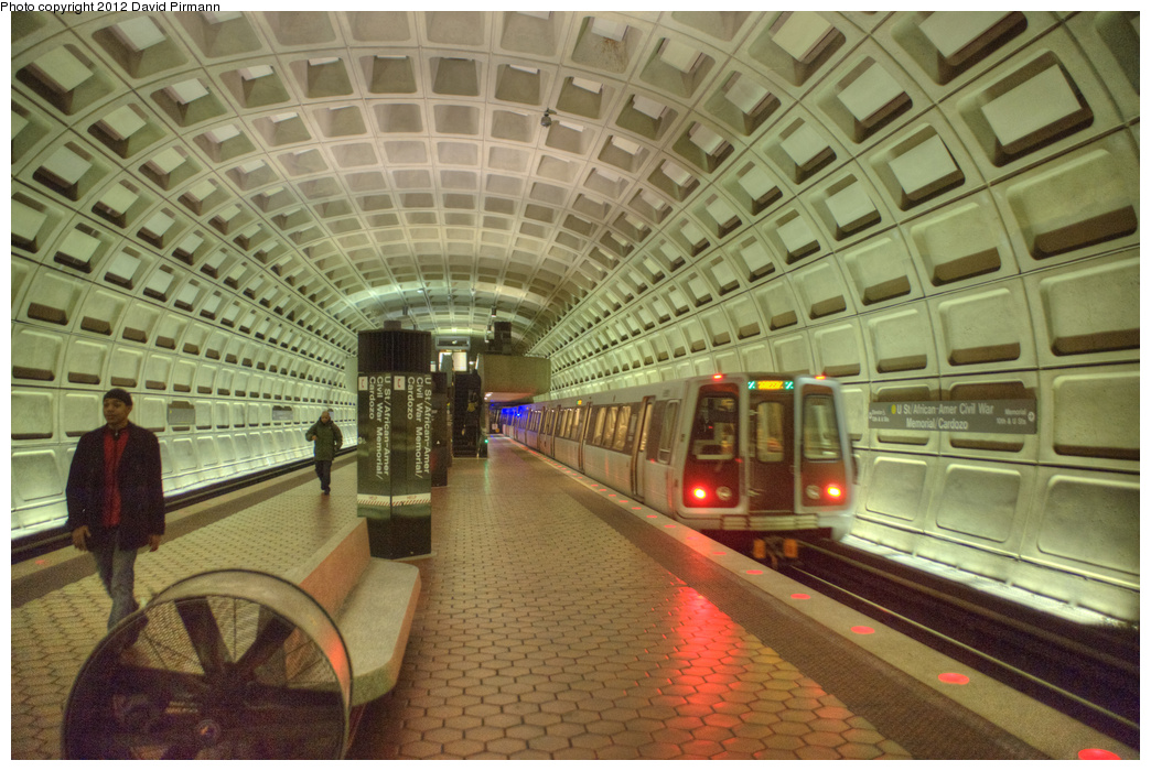 (376k, 1044x700)<br><b>Country:</b> United States<br><b>City:</b> Washington, D.C.<br><b>System:</b> Washington Metro (WMATA)<br><b>Line:</b> WMATA Green Line<br><b>Location:</b> U Street/African-American Civil War Memorial/Cardozo <br><b>Photo by:</b> David Pirmann<br><b>Date:</b> 1/14/2012<br><b>Viewed (this week/total):</b> 1 / 881
