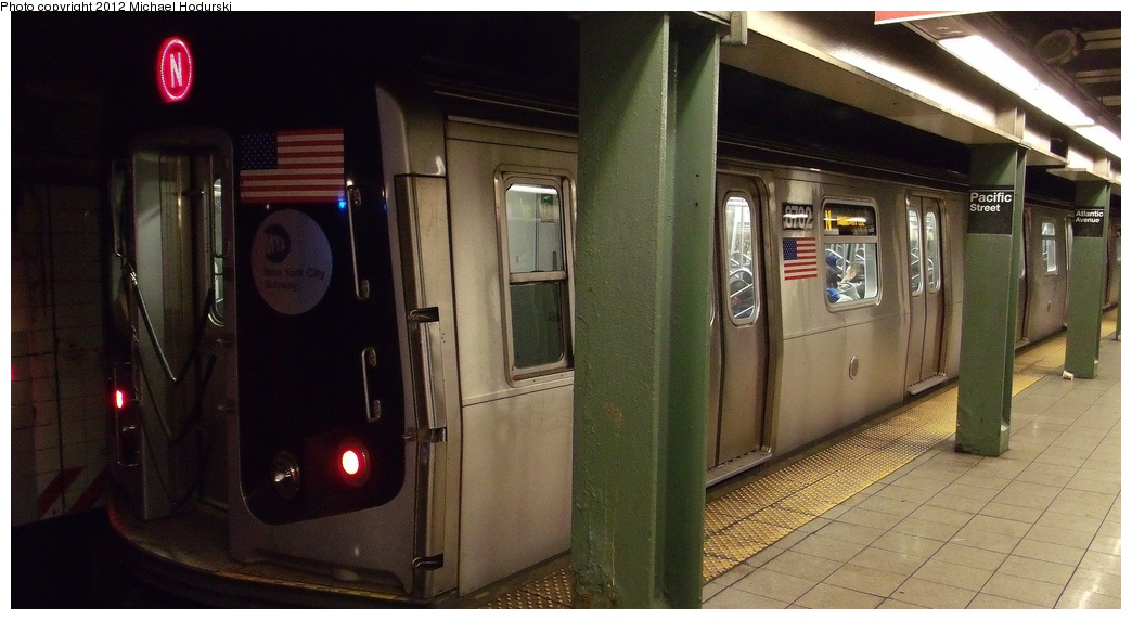 (239k, 1044x572)<br><b>Country:</b> United States<br><b>City:</b> New York<br><b>System:</b> New York City Transit<br><b>Line:</b> BMT 4th Avenue<br><b>Location:</b> Pacific Street <br><b>Route:</b> N<br><b>Car:</b> R-160A-2 (Alstom, 2005-2008, 5 car sets)  8702 <br><b>Photo by:</b> Michael Hodurski<br><b>Date:</b> 1/7/2012<br><b>Viewed (this week/total):</b> 5 / 1264
