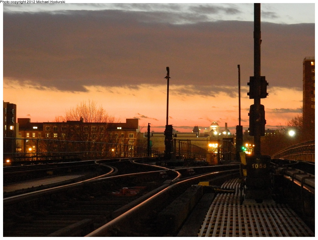 (302k, 1044x788)<br><b>Country:</b> United States<br><b>City:</b> New York<br><b>System:</b> New York City Transit<br><b>Line:</b> IRT Brooklyn Line<br><b>Location:</b> Junius Street <br><b>Photo by:</b> Michael Hodurski<br><b>Date:</b> 1/14/2012<br><b>Viewed (this week/total):</b> 1 / 1985