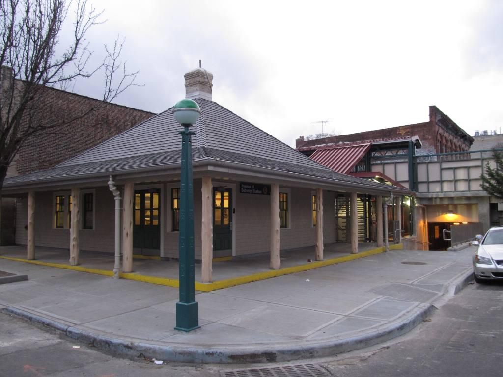 (104k, 1024x768)<br><b>Country:</b> United States<br><b>City:</b> New York<br><b>System:</b> New York City Transit<br><b>Line:</b> BMT Brighton Line<br><b>Location:</b> Avenue H <br><b>Photo by:</b> Robbie Rosenfeld<br><b>Date:</b> 1/19/2012<br><b>Notes:</b> Renovated station house.<br><b>Viewed (this week/total):</b> 0 / 1592
