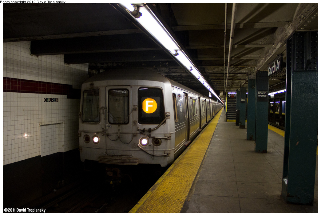 (294k, 1044x702)<br><b>Country:</b> United States<br><b>City:</b> New York<br><b>System:</b> New York City Transit<br><b>Line:</b> IND Crosstown Line<br><b>Location:</b> Church Avenue <br><b>Route:</b> F<br><b>Car:</b> R-46 (Pullman-Standard, 1974-75) 5708 <br><b>Photo by:</b> David Tropiansky<br><b>Date:</b> 1/20/2012<br><b>Viewed (this week/total):</b> 4 / 864