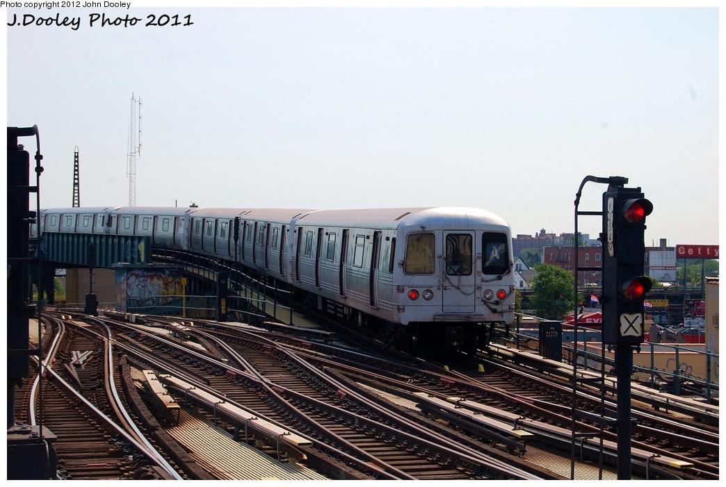 (321k, 1044x701)<br><b>Country:</b> United States<br><b>City:</b> New York<br><b>System:</b> New York City Transit<br><b>Line:</b> IND Fulton Street Line<br><b>Location:</b> Rockaway Boulevard <br><b>Route:</b> A<br><b>Car:</b> R-46 (Pullman-Standard, 1974-75) 6078 <br><b>Photo by:</b> John Dooley<br><b>Date:</b> 7/23/2011<br><b>Viewed (this week/total):</b> 1 / 671