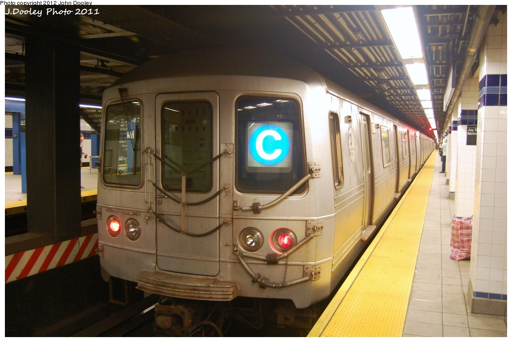 (281k, 1044x697)<br><b>Country:</b> United States<br><b>City:</b> New York<br><b>System:</b> New York City Transit<br><b>Line:</b> IND 8th Avenue Line<br><b>Location:</b> Jay St./Metrotech (Borough Hall) <br><b>Route:</b> C<br><b>Car:</b> R-46 (Pullman-Standard, 1974-75) 6190 <br><b>Photo by:</b> John Dooley<br><b>Date:</b> 7/23/2011<br><b>Viewed (this week/total):</b> 6 / 1091