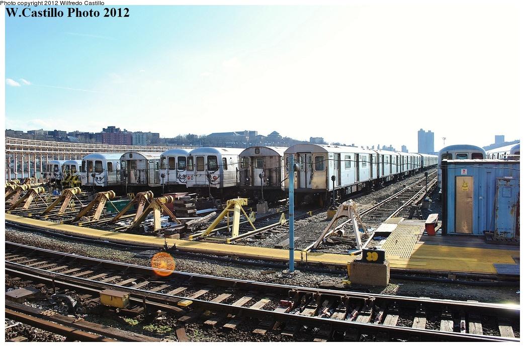 (359k, 1044x691)<br><b>Country:</b> United States<br><b>City:</b> New York<br><b>System:</b> New York City Transit<br><b>Location:</b> 207th Street Yard<br><b>Photo by:</b> Wilfredo Castillo<br><b>Date:</b> 2/1/2012<br><b>Viewed (this week/total):</b> 0 / 966