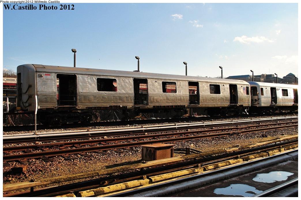 (386k, 1044x695)<br><b>Country:</b> United States<br><b>City:</b> New York<br><b>System:</b> New York City Transit<br><b>Location:</b> 207th Street Yard<br><b>Car:</b> R-44 (St. Louis, 1971-73)  <br><b>Photo by:</b> Wilfredo Castillo<br><b>Date:</b> 2/1/2012<br><b>Viewed (this week/total):</b> 2 / 1723