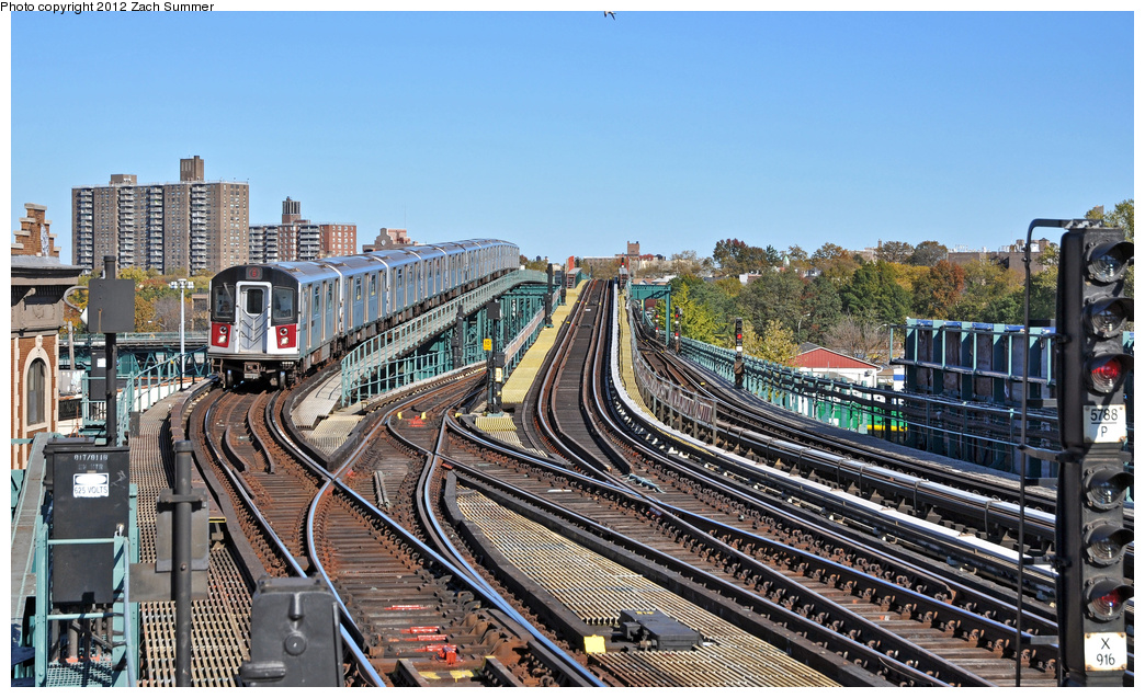 (431k, 1044x637)<br><b>Country:</b> United States<br><b>City:</b> New York<br><b>System:</b> New York City Transit<br><b>Line:</b> IRT Pelham Line<br><b>Location:</b> Westchester Square <br><b>Route:</b> 6<br><b>Car:</b> R-142A (Primary Order, Kawasaki, 1999-2002)  7346 <br><b>Photo by:</b> Zach Summer<br><b>Date:</b> 11/5/2011<br><b>Viewed (this week/total):</b> 3 / 1312