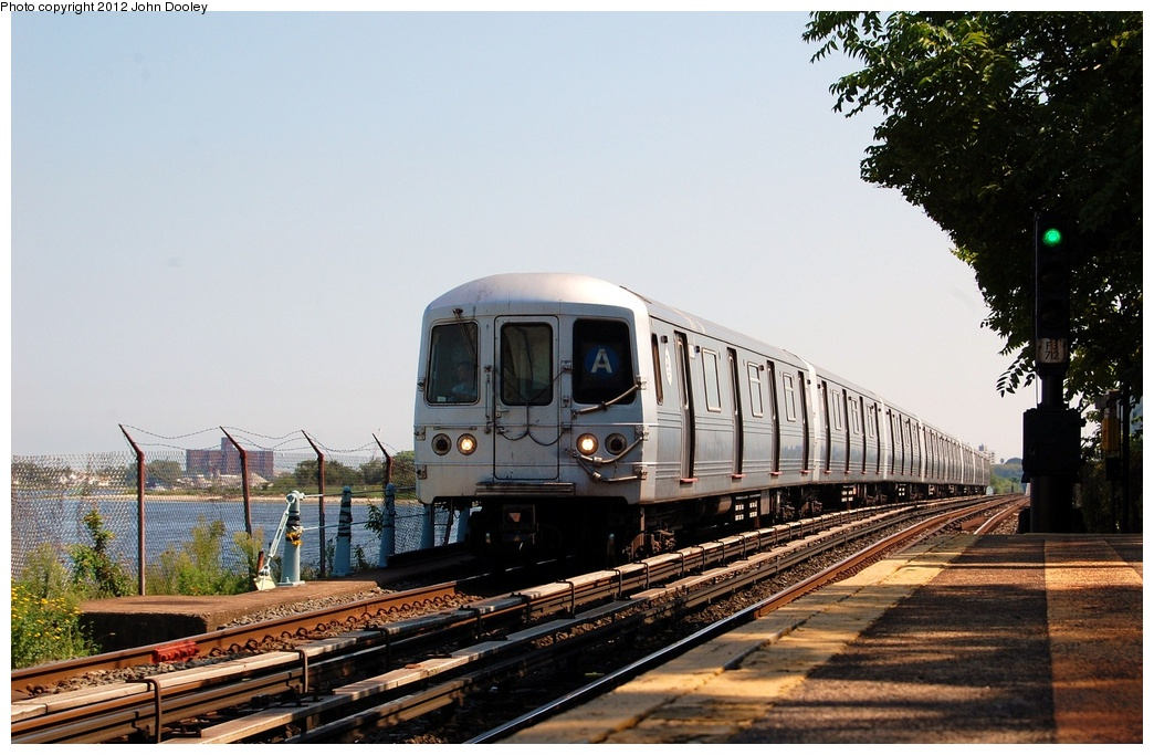 (313k, 1044x683)<br><b>Country:</b> United States<br><b>City:</b> New York<br><b>System:</b> New York City Transit<br><b>Line:</b> IND Rockaway<br><b>Location:</b> Broad Channel <br><b>Route:</b> A<br><b>Car:</b> R-46 (Pullman-Standard, 1974-75)  <br><b>Photo by:</b> John Dooley<br><b>Date:</b> 8/20/2011<br><b>Viewed (this week/total):</b> 2 / 796