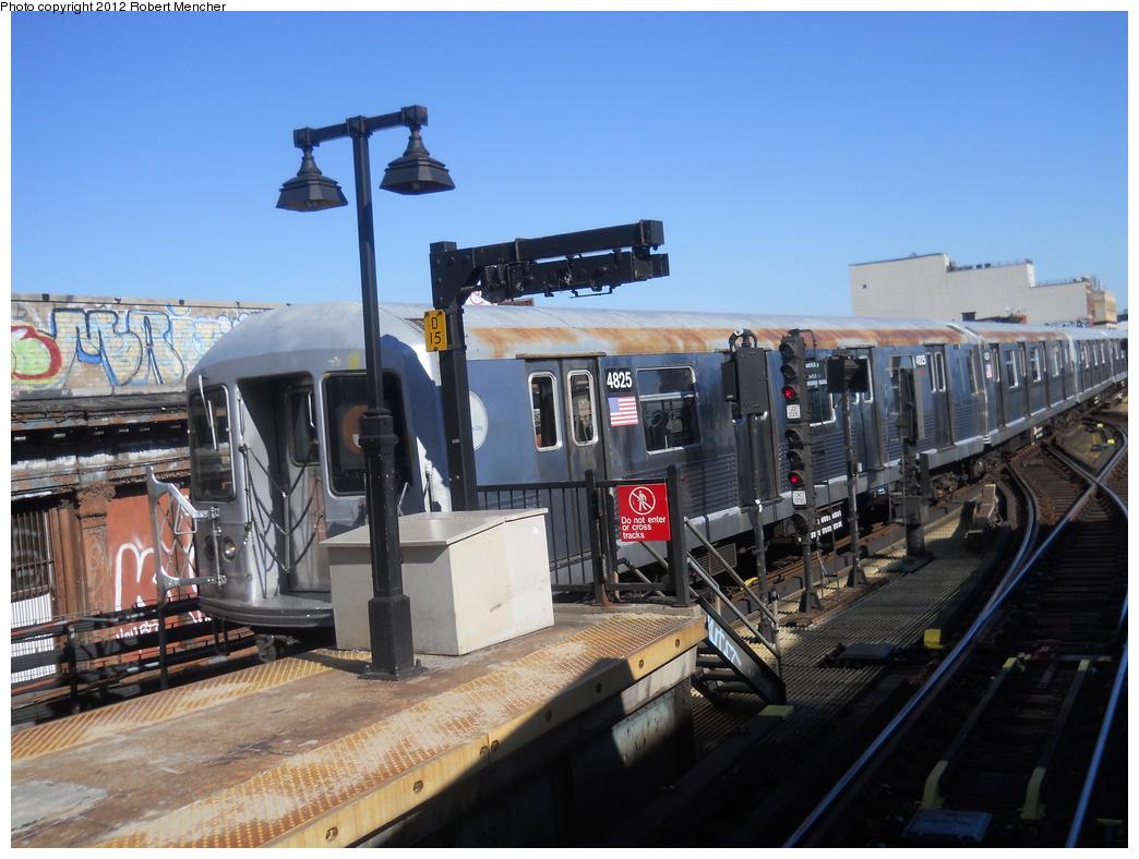 (362k, 1044x788)<br><b>Country:</b> United States<br><b>City:</b> New York<br><b>System:</b> New York City Transit<br><b>Line:</b> BMT Nassau Street/Jamaica Line<br><b>Location:</b> Myrtle Avenue <br><b>Route:</b> J<br><b>Car:</b> R-42 (St. Louis, 1969-1970)  4825 <br><b>Photo by:</b> Robert Mencher<br><b>Date:</b> 3/26/2011<br><b>Viewed (this week/total):</b> 0 / 1030