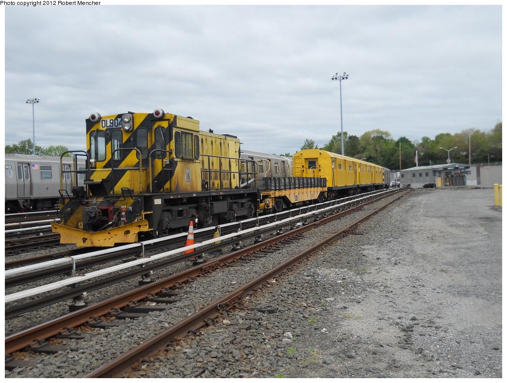 (409k, 1044x788)<br><b>Country:</b> United States<br><b>City:</b> New York<br><b>System:</b> New York City Transit<br><b>Location:</b> Jamaica Yard/Shops<br><b>Car:</b> R-120 Locomotive  904 <br><b>Photo by:</b> Robert Mencher<br><b>Date:</b> 5/11/2011<br><b>Viewed (this week/total):</b> 1 / 567