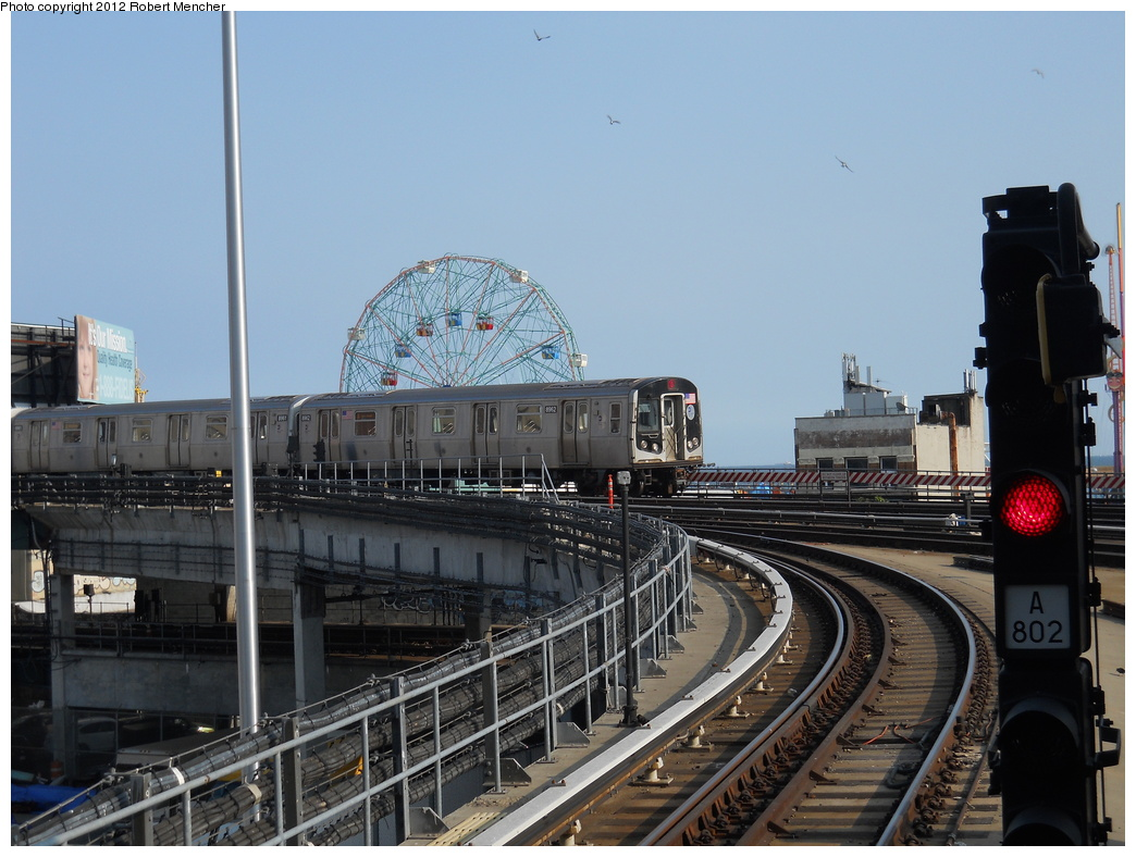 (357k, 1044x788)<br><b>Country:</b> United States<br><b>City:</b> New York<br><b>System:</b> New York City Transit<br><b>Location:</b> Coney Island/Stillwell Avenue<br><b>Route:</b> Q<br><b>Car:</b> R-160B (Kawasaki, 2005-2008)  8962 <br><b>Photo by:</b> Robert Mencher<br><b>Date:</b> 5/13/2011<br><b>Viewed (this week/total):</b> 3 / 730