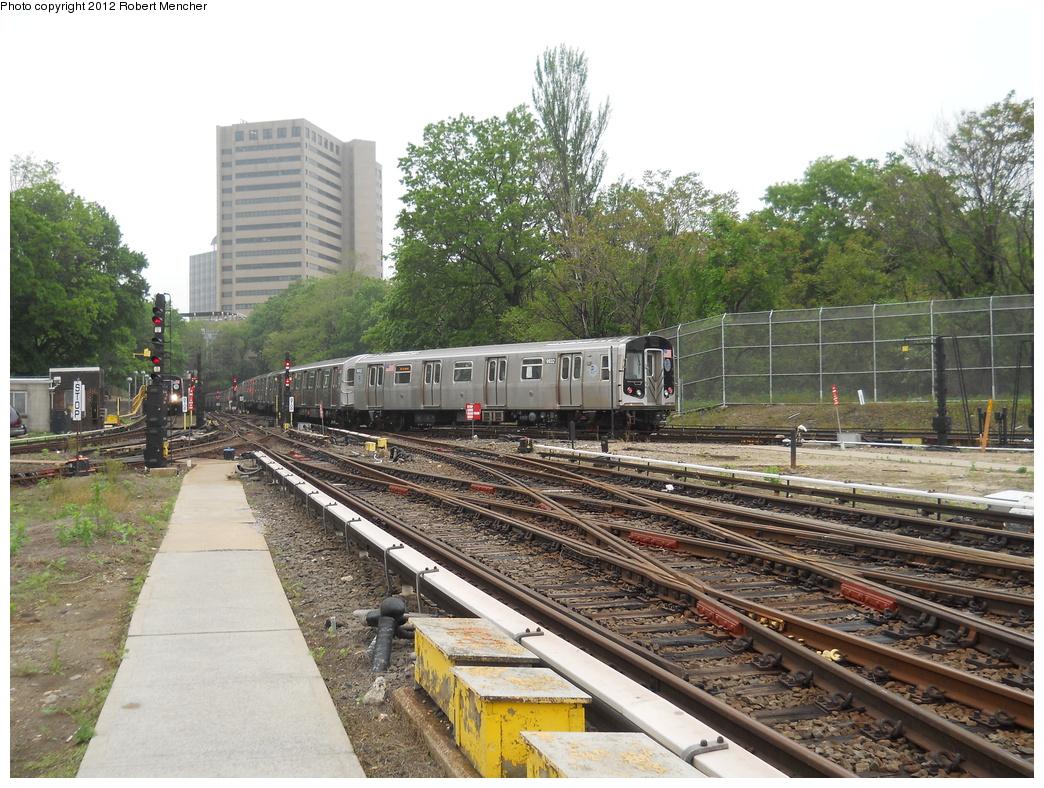 (451k, 1044x788)<br><b>Country:</b> United States<br><b>City:</b> New York<br><b>System:</b> New York City Transit<br><b>Location:</b> Jamaica Yard/Shops<br><b>Car:</b> R-160B (Option 2) (Kawasaki, 2009)  9932 <br><b>Photo by:</b> Robert Mencher<br><b>Date:</b> 5/19/2011<br><b>Viewed (this week/total):</b> 2 / 881