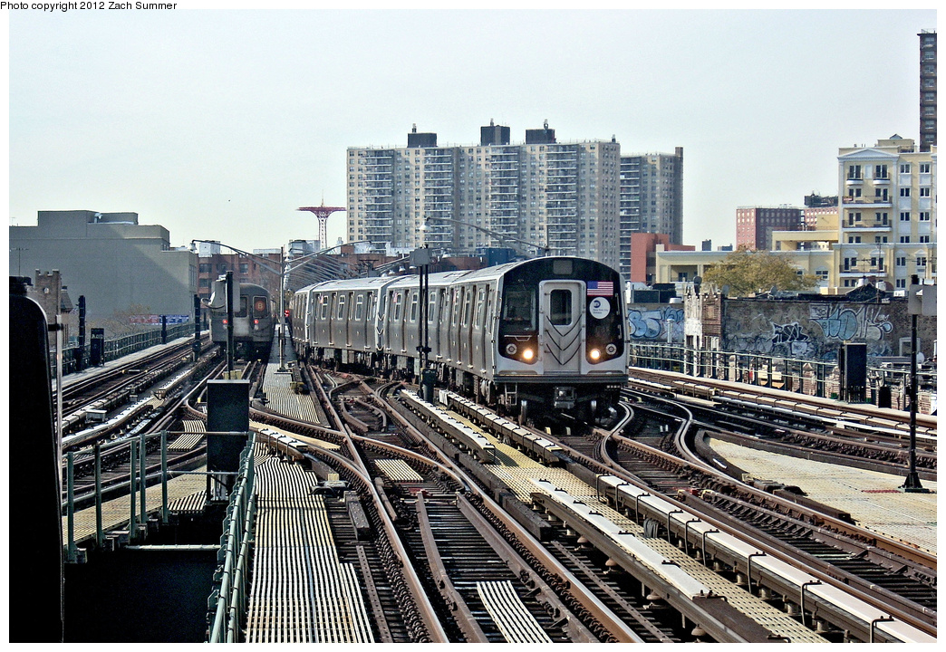 (494k, 1044x720)<br><b>Country:</b> United States<br><b>City:</b> New York<br><b>System:</b> New York City Transit<br><b>Line:</b> BMT Brighton Line<br><b>Location:</b> Brighton Beach <br><b>Car:</b> R-160B (Kawasaki, 2005-2008)  8908 <br><b>Photo by:</b> Zach Summer<br><b>Date:</b> 8/19/2011<br><b>Notes:</b> Weekend G.O., train is relaying, service cut back at Brighton Beach.<br><b>Viewed (this week/total):</b> 0 / 1281