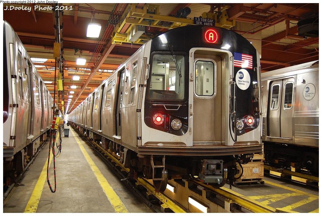 (429k, 1044x701)<br><b>Country:</b> United States<br><b>City:</b> New York<br><b>System:</b> New York City Transit<br><b>Location:</b> Coney Island Shop/Maint. & Inspection Shop<br><b>Car:</b> R-160B (Kawasaki, 2005-2008)  8922 <br><b>Photo by:</b> John Dooley<br><b>Date:</b> 10/15/2011<br><b>Viewed (this week/total):</b> 6 / 1263