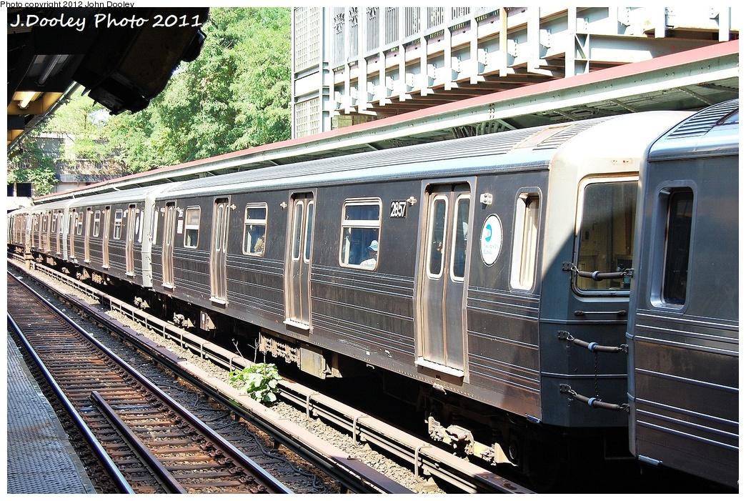 (458k, 1044x701)<br><b>Country:</b> United States<br><b>City:</b> New York<br><b>System:</b> New York City Transit<br><b>Line:</b> BMT Brighton Line<br><b>Location:</b> Prospect Park <br><b>Route:</b> B<br><b>Car:</b> R-68 (Westinghouse-Amrail, 1986-1988)  2857 <br><b>Photo by:</b> John Dooley<br><b>Date:</b> 9/12/2011<br><b>Viewed (this week/total):</b> 2 / 786