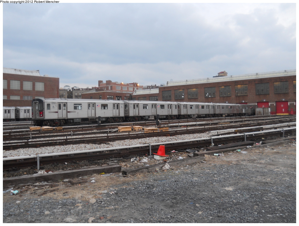 (354k, 1044x788)<br><b>Country:</b> United States<br><b>City:</b> New York<br><b>System:</b> New York City Transit<br><b>Location:</b> 207th Street Yard<br><b>Car:</b> R-142 (Primary Order, Bombardier, 1999-2002)  6525 <br><b>Photo by:</b> Robert Mencher<br><b>Date:</b> 2/11/2012<br><b>Viewed (this week/total):</b> 0 / 755