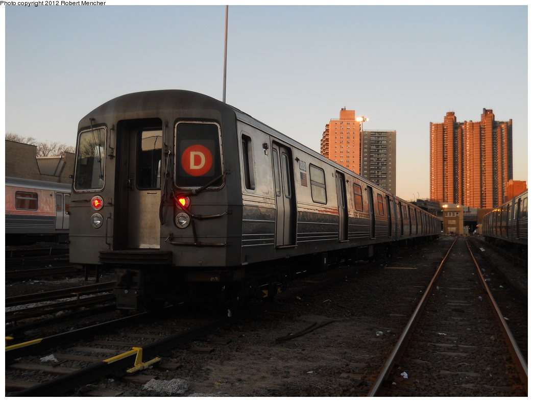 (311k, 1044x788)<br><b>Country:</b> United States<br><b>City:</b> New York<br><b>System:</b> New York City Transit<br><b>Location:</b> Concourse Yard<br><b>Car:</b> R-68 (Westinghouse-Amrail, 1986-1988)  2652 <br><b>Photo by:</b> Robert Mencher<br><b>Date:</b> 2/13/2012<br><b>Viewed (this week/total):</b> 0 / 740