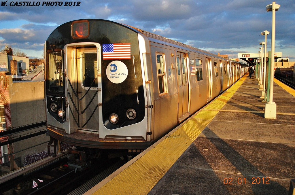 (365k, 1024x677)<br><b>Country:</b> United States<br><b>City:</b> New York<br><b>System:</b> New York City Transit<br><b>Line:</b> BMT Nassau Street/Jamaica Line<br><b>Location:</b> Van Siclen Avenue <br><b>Route:</b> J<br><b>Car:</b> R-160A-1 (Alstom, 2005-2008, 4 car sets)  8564 <br><b>Photo by:</b> Wilfredo Castillo<br><b>Date:</b> 1/2/2012<br><b>Viewed (this week/total):</b> 0 / 1040