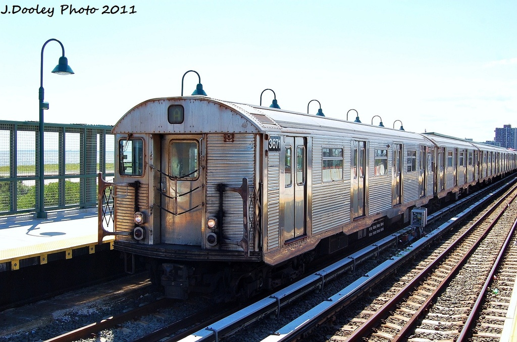 (354k, 1024x678)<br><b>Country:</b> United States<br><b>City:</b> New York<br><b>System:</b> New York City Transit<br><b>Line:</b> IND Rockaway<br><b>Location:</b> Beach 44th Street/Frank Avenue <br><b>Route:</b> A<br><b>Car:</b> R-32 (Budd, 1964)  3671 <br><b>Photo by:</b> John Dooley<br><b>Date:</b> 8/11/2011<br><b>Viewed (this week/total):</b> 6 / 876