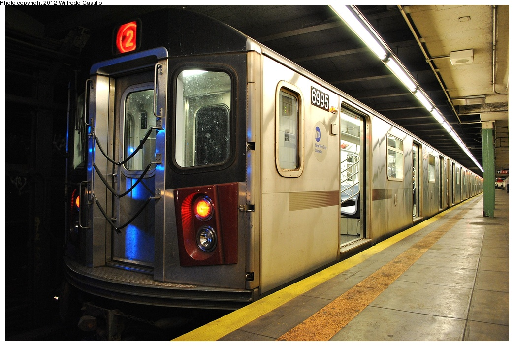 (332k, 1044x703)<br><b>Country:</b> United States<br><b>City:</b> New York<br><b>System:</b> New York City Transit<br><b>Route:</b> 2<br><b>Car:</b> R-142 (Option Order, Bombardier, 2002-2003)  6995 <br><b>Photo by:</b> Wilfredo Castillo<br><b>Date:</b> 2/7/2012<br><b>Viewed (this week/total):</b> 0 / 1028