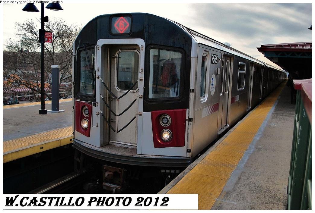 (338k, 1044x707)<br><b>Country:</b> United States<br><b>City:</b> New York<br><b>System:</b> New York City Transit<br><b>Line:</b> IRT Pelham Line<br><b>Location:</b> East 177th Street/Parkchester <br><b>Route:</b> 6<br><b>Car:</b> R-142A (Primary Order, Kawasaki, 1999-2002)  7565 <br><b>Photo by:</b> Wilfredo Castillo<br><b>Date:</b> 2/22/2012<br><b>Viewed (this week/total):</b> 0 / 1041